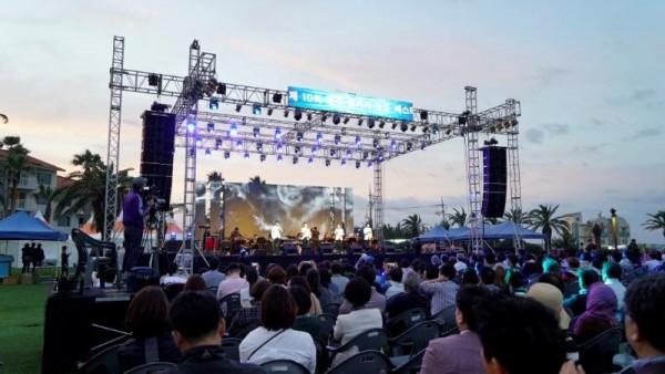 사진 6. 제10회 제주해비치아트페스티벌 개막식 전경.JPG