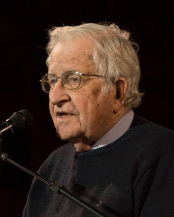 [크기변환]Noam_Chomsky_portrait_2017.jpg