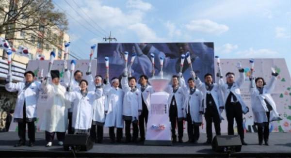 [크기변환](사진보도)'독립의 횃불'한밭벌서 재현되다 (1).jpg