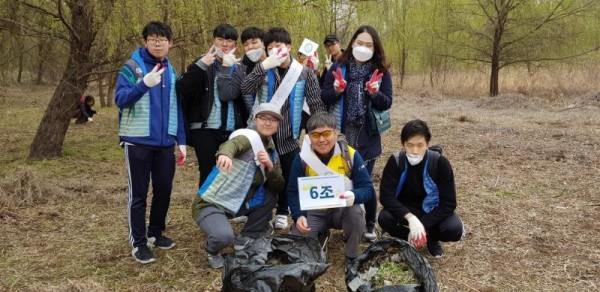 [크기변환]2018년 4월 7일 연합봉사활동(광나루한강공원).jpg