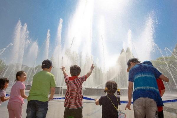 [크기변환](사진4) 서울어린이대공원 벚꽃축제.jpg