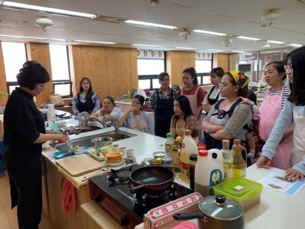 [크기변환]'우리 엄마는 한식 요리사' (1).JPG