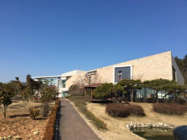 [크기변환]3-2. 목포자연사박물관, 4차 산업 미디어기술로 새단장 한다 (자연사박물관 전경).jpg
