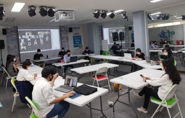 [크기변환]전주형 창의교육 야호학교, 온라인으로 '출발' (1).jpg