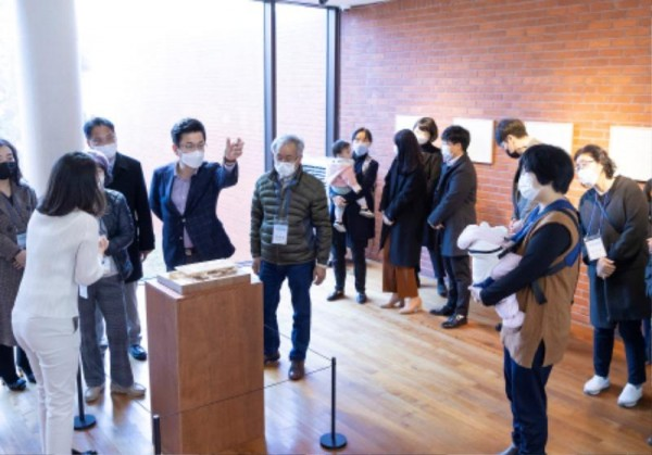 [크기변환]허태정 시장, 대전시립미술관에서 토요산책 (4).jpg