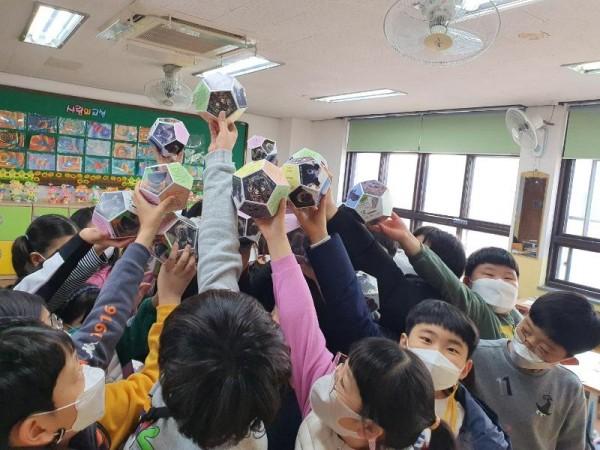 [크기변환]백합초등학교.jpg