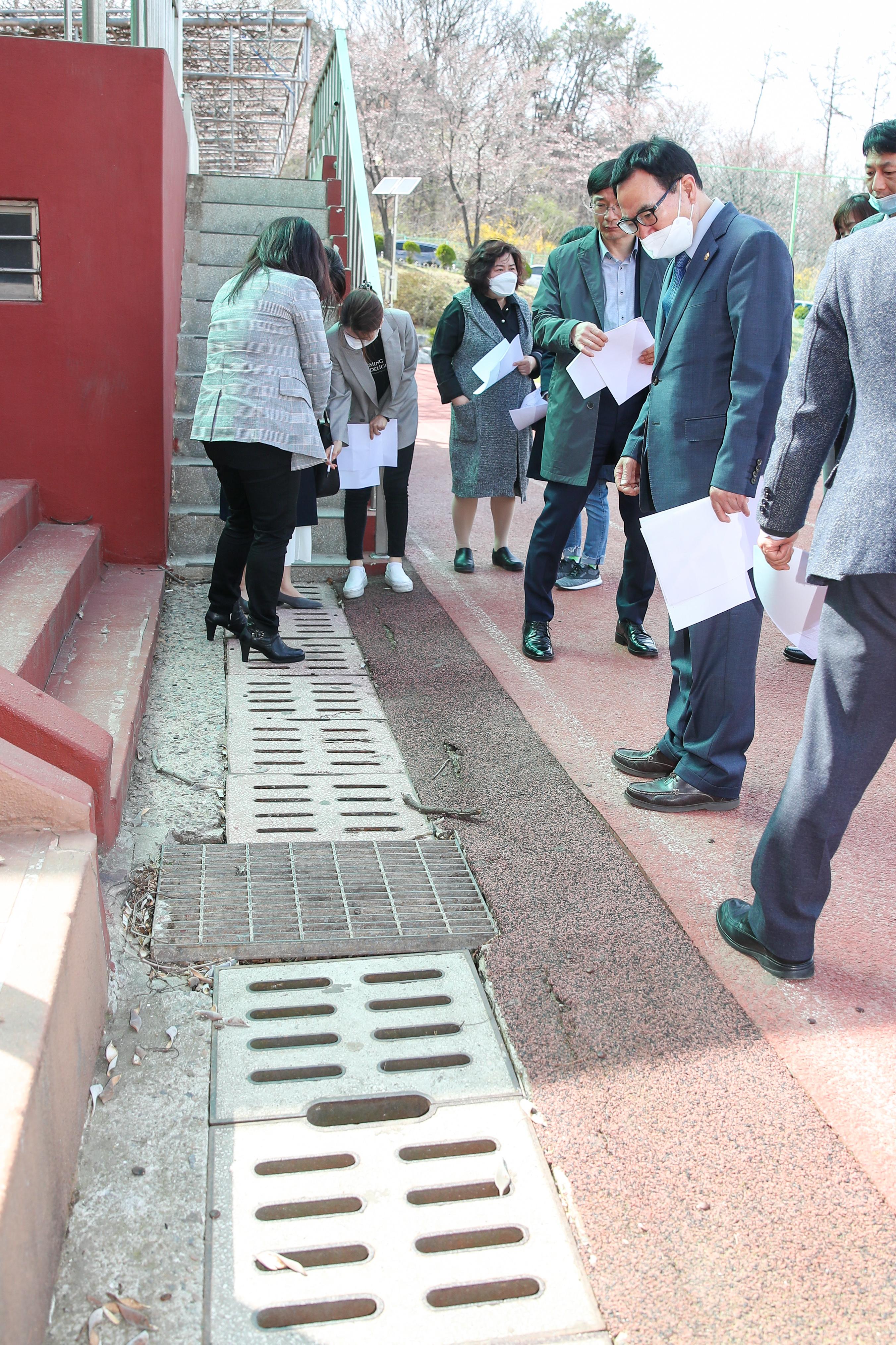 인천광역시의회 교육환경 개선을 위한 현장 방문
