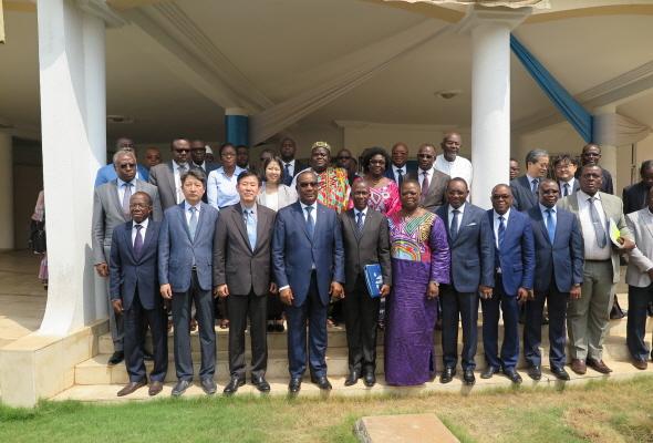 토고 냐싱베 대통령, 새마을운동 보급 강력 희망